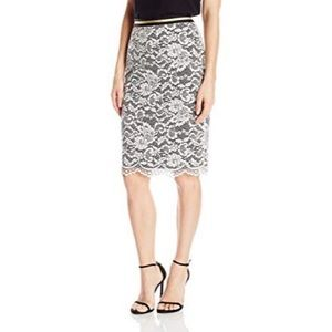 White Trina Turk Lace Pencil Skirt Size 0